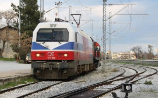 probe-launched-into-allegations-of-conductor-forcing-child-off-train