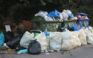 corfu-residents-protest-growing-piles-of-garbage