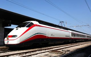 first-of-high-speed-white-arrow-trains-arrives-in-thessaloniki