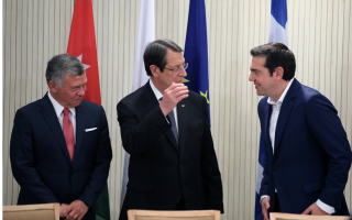 tsipras-calls-for-more-support-for-countries-hosting-refugees