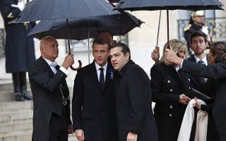 pm-tsipras-meets-with-foreign-leaders-in-france
