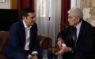 what-doesn-t-kill-you-makes-you-stronger-pm-tells-thessaloniki-mayor