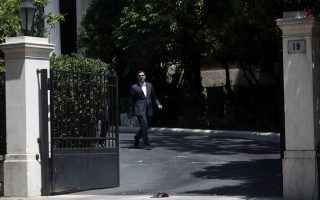 gov-amp-8217-t-braces-for-talks-with-creditors-amid-upheaval-in-syriza0
