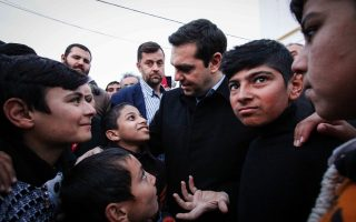 after-visiting-hot-spots-tsipras-to-demand-eu-live-up-to-pledges