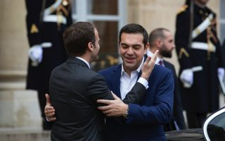 tsipras-and-macron-exchange-thoughts-at-brussels-summit