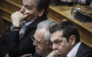 after-vote-win-greece-amp-8217-s-tsipras-looks-to-rebuild-talks