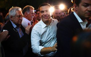 tsipras-meeting-with-senior-officials-at-syriza-hq