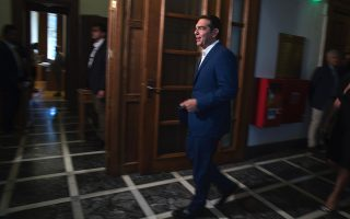 syriza-aims-to-deconstruct-administration-s-success-story0