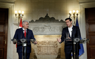 tsipras-speaks-to-turkish-pm-amid-increasing-tension-in-aegean
