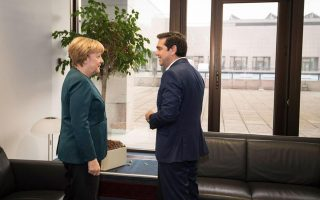 tsipras-to-meet-hollande-merkel-ahead-of-eu-summit
