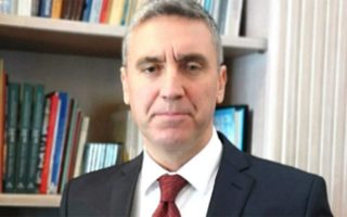 servicemen-must-be-extradited-turkish-envoy-insists
