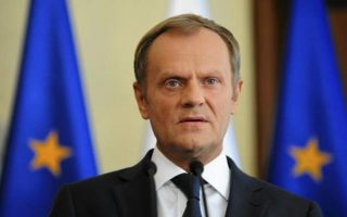 tusk-warns-economic-migrants-voices-solidarity-with-greece