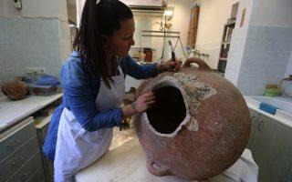 maintenance-of-underwater-antiquities-in-athens