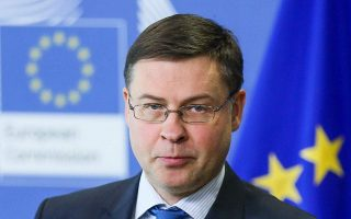 no-backtracking-on-reforms-dombrovskis-warns-greece0