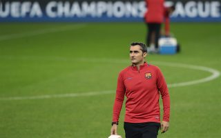 much-adored-valverde-returns-to-piraeus-this-time-as-an-opponent
