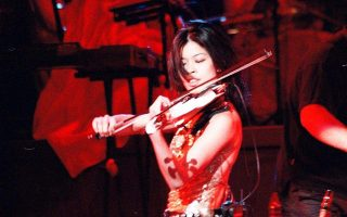 violinist-vanessa-mae-calls-attention-to-animal-abuse-in-greece