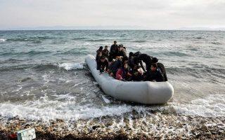 lesvos-island-locals-prevent-migrants-from-disembarking
