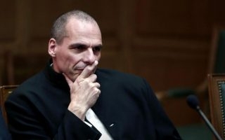 case-files-against-varoufakis-two-ministers-sent-to-parliament