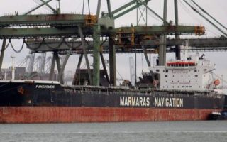 greek-flagged-cargo-ship-catches-fire0