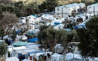more-tests-at-migrant-camps-after-new-infections0