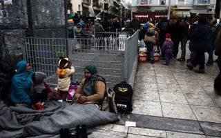 authorities-scramble-to-find-shelter-for-refugees