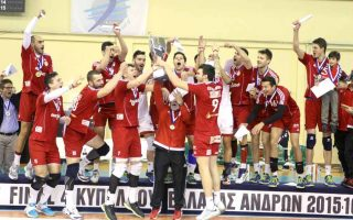 olympiakos-clinches-volleyball-amp-8217-s-greek-cup-in-style