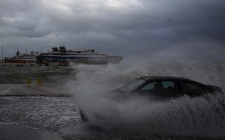 greece-severe-weather-warnings-remain-in-effect