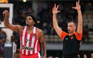 disgraceful-refereeing-mars-all-greek-derby-in-euroleague