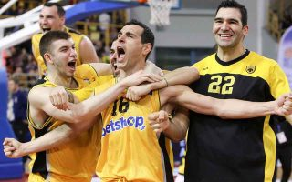 zisis-leads-aek-to-its-fifth-greek-cup-in-basketball