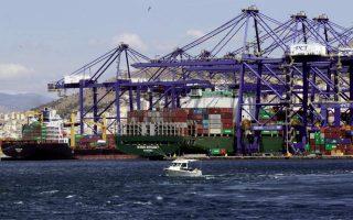 piraeus-port-reports-pandemic-driven-turnover-slump