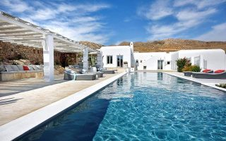 luring-private-family-wealth-managers-to-greece