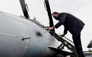 defense-minister-inspects-f-16-upgrades-c-130-maintenance