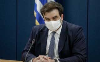 greece-to-issue-vaccination-certificates-as-of-friday