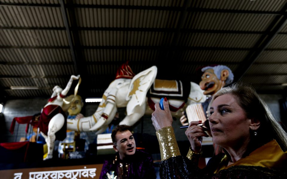 Η Κύπρος διατηρεί ζωντανό το καρναβάλι στο Covid-19