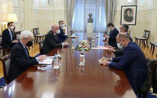 dendias-meets-turkish-ambassador-in-athens