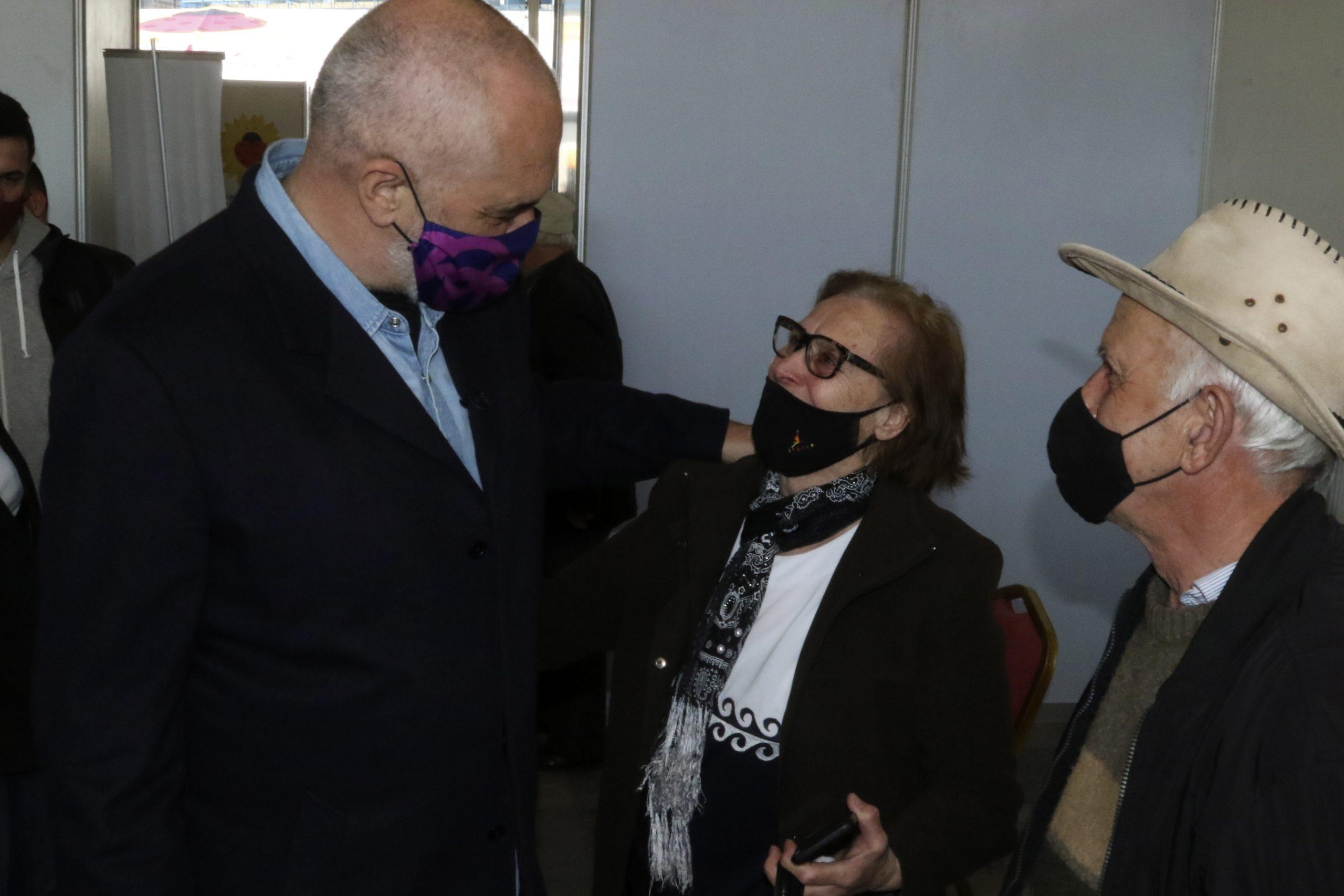 Albania starts mass Covid vaccinations before tourist season    eKathimerini.com