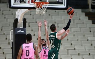 greek-hoopsters-lose-to-spanish-rivals