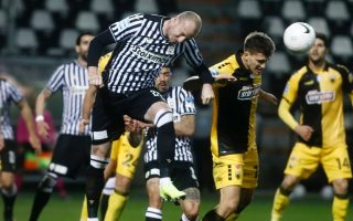 olympiakos-paok-start-playoffs-with-victories