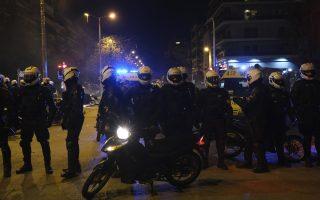 hooligans-behind-athens-suburb-clashes