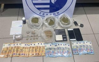 police-make-two-drug-busts-in-lamia-and-thessaloniki