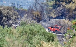fire-breaks-out-in-western-greece