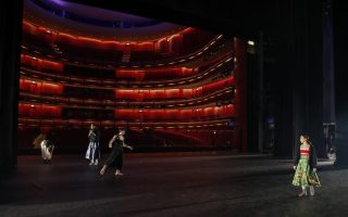 greek-bicentennial-show-goes-on-despite-pandemic