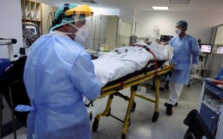 infections-deaths-from-covid-19-rise