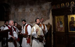 kis-president-marks-greek-bicentennial