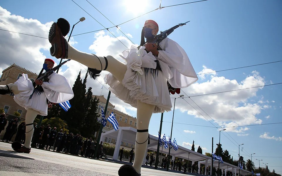 greece-celebrates-independence-day-with-military-parade5