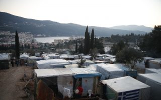 minister-says-overcrowding-in-migrant-camps-has-eased