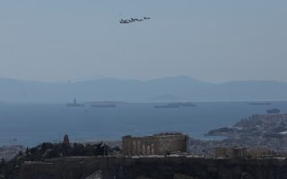 fighter-jets-soar-over-athens-as-part-of-iniochos-exercise