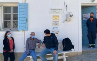 greece-looking-to-tourist-season-makes-islands-vaccination-priority
