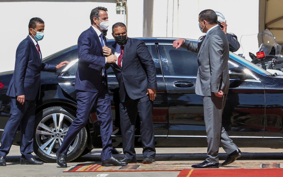 Mitsotakis is welcomed in Libya | eKathimerini.com