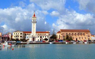 iberia-poll-on-additional-summer-flights-to-include-three-greek-destinations